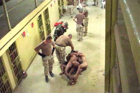 abu ghraib - Folter